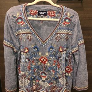 Johnny Was Embroidered Blouse (large) *NEVER WORN*